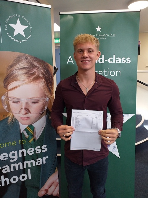 Skegness Grammar School celebrates incredible GCSE results